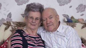 ámor nyila b. molnár márk lapunkban találtak egymásra meglepetés nyugdíjasok szerelem társkereső török jános törökné lelik anna