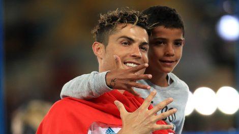 cristiano junior cristiano ronaldo foci messi oroszországi futball-világbajnokság portugál csapatkapitány világklasszis focisták