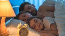 átállás gyerek az ágyban gyermek gyermekpszichológus hitvesi ágy standovár sára szülő ványik dóra
