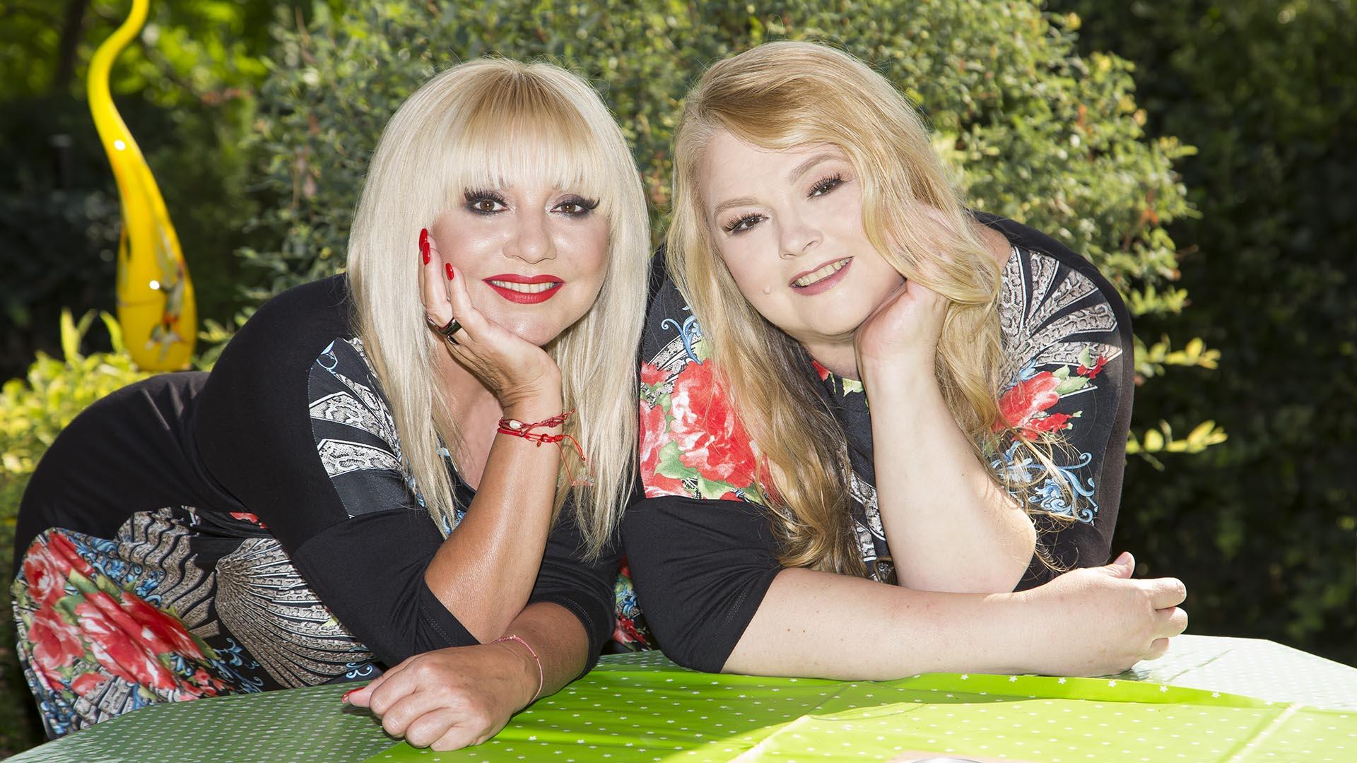 amerika család énekesnő féltestvérek holczhaffer csaba new york testvér testvéri kapcsolat zoltán erika zoltán erika húga