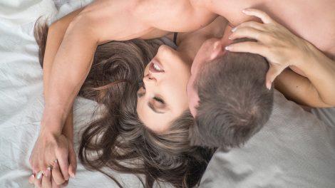 b. molnár márk dr. hevesi kriszta együttlét érzelmek orgazmus öröm párkapcsolat szeretők szexuálpszichológus színlelt orgazmus