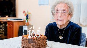 105 éves születésnap az ország legidősebb asszonya b. molnár márk dédmama mazsi mama nagymama születésnap ükmama ünnep