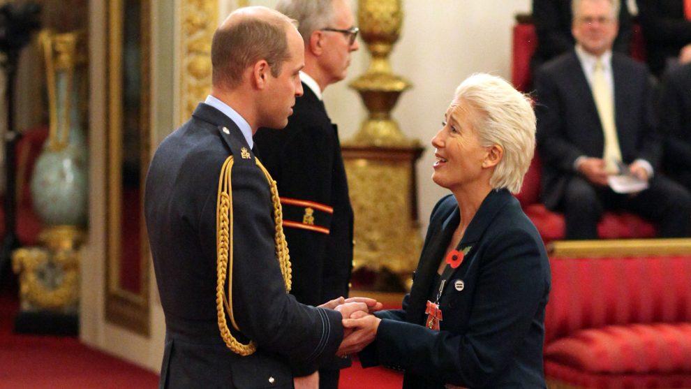 brit királyi család buckingham palota emma thompson herceg kitüntetés vilmos herceg