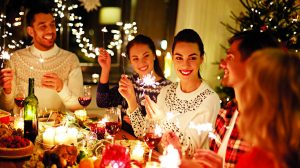 ajándékok bata kata boldogság csúnya pulcsi karácsony tanácsok tippek ünnepek varázsgyertya vásár család