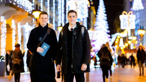 egyház fales elder mccann elder misszionáriusok mormon könyve szeretet b. molnár márk