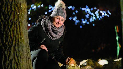 ajándék angyal b. molnár márk díszek elrejtett apróságok jakabfy krisztina kézzel készült karácsony különleges üzenet mese országos csoda