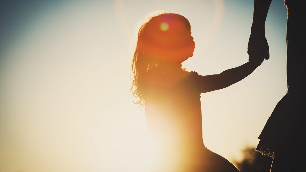belső gyerek emlékek ezotéria gyerek gyerekkor gyerekkori énünk irányításmániás kontroll magzati kór megvilágosodás múlt szilágyi betty terapeuta ványik dóra