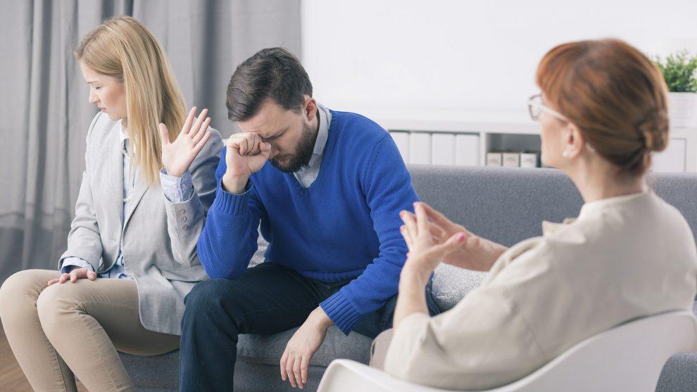 bántalmazó gyimesi andrea hazugság jóakaró párkapcsolat párterápia pszichológus rossz terapeuta személyiségzavar szerető szurovecz kitti terapeuta titkolt kapcsolat