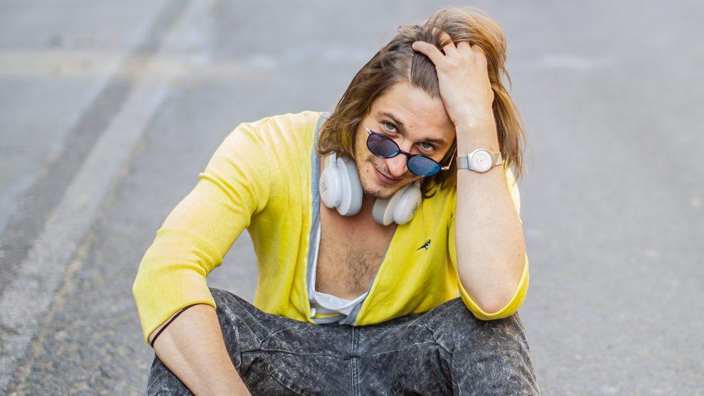 bárka színház drága örökösök-sorozat fiatal karakter forgatás holczhaffer csaba kasztner tamás koma alternatív színház mohai tamás művészi pálya pál utcai fiúk című darab színész thália színház