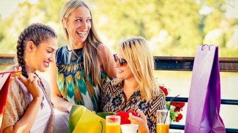 bálint gabriella barátság életszínvonal emberi értékek függőségi viszony irigység luxusélet motiváció pszichológus szurovecz kitti támogató emberi kapcsolatok tehetősebb barátnő