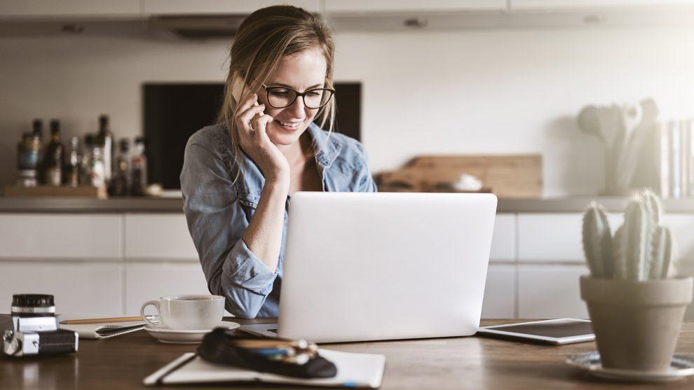 álláskeresők coach életstílus home office karriertanácsadó magány munkaidő nyugalom szabadságérzés szociális háló szurovecz kitti tomori nóra