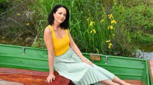 állandóság ázsia barátok közt barátok közt sorozat család deutsch anita futás házaspár holczhaffer csaba jóga kinizsi ottó kulturális programok stabilitás színésznő nepál