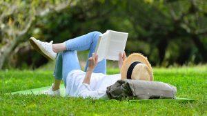 bata kata biblioterápia gyógyítás irodalmi mű klinikai szakpszichológus makai gábor olvasás gyógyít olvasmány pszichológus terápia terápiás segédeszköz testi-lelki gondok
