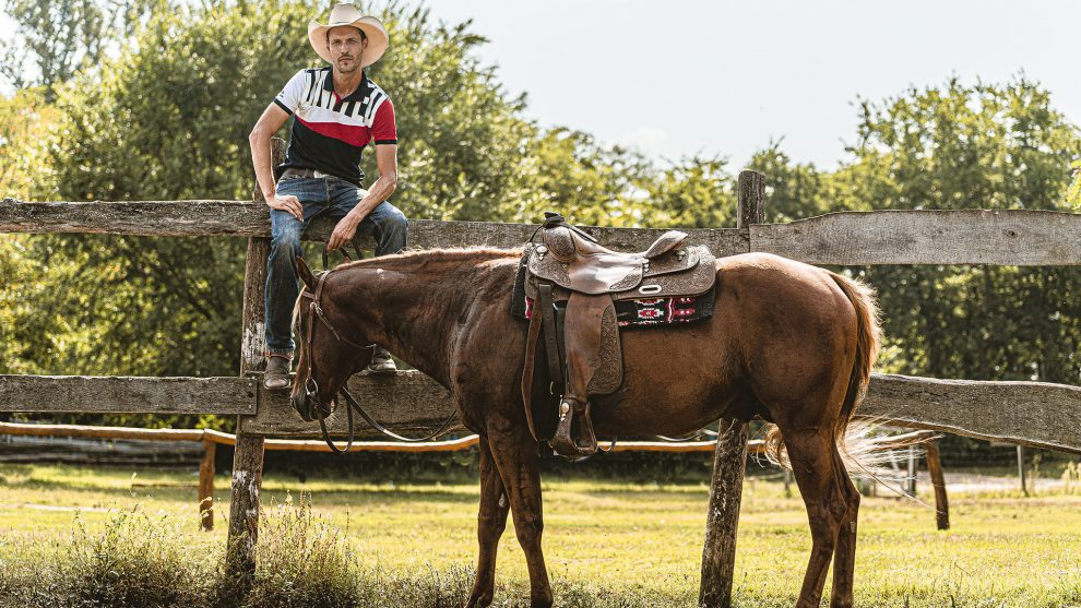 állattartás bajnoki cím bige botond házasodna a gazda informatika lovak lovarda lovaskaszkadőr rodeóverseny rtl klub szerelem szurovecz kitti tanya texasi cowboy
