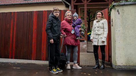 dobák tünde fészek gyermekek átmeneti otthona fészek gyermekvédő egyesület gyermekek gyermekotthon nyitrai-hell szilvia szalkai niki ványik dóra
