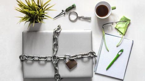 barnyák mónika beszűkült életforma cybervilág digitális detoxikálás internet netélet netfüggők világháló virtuális élmények virtuális tér