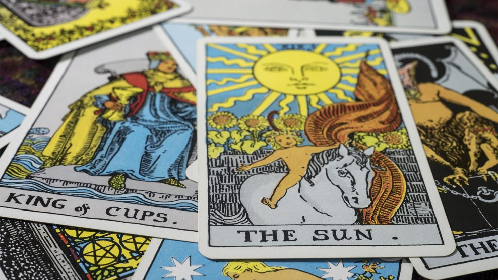 arkanum dr. kézdi andrea ezotéria numerológus ősi szimbólumok sors szabad akarat szimbólumrendszer tanácsadó tarot tarot-kártya tarot-szakértő ványik dóra végzet