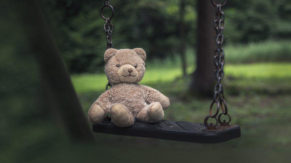 b. molnár márk darknetes hálózat digitális tér gyermekjogi szakember gyurkó szilvia hintalovon alapítvány internetes bűncselekmények internetközösség közösségi média pedofil tartalom pedofilok világháló