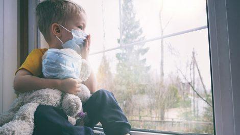 alvási szokások bata kata dühkitörések járvány kamaszszakértő kiközösítés koronavírus orsolics zénó ragaszkodás szorongás ujjszopás vírus