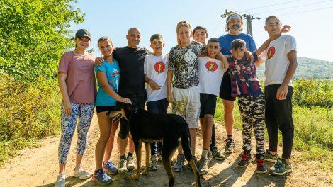 béres tibor boldogsághormon cigánytelep deviancia dikh villámfutócsapat drogprevenciós program endorfin futás futóedzői karrier konkoly ágnes mozgás roma gyerekek