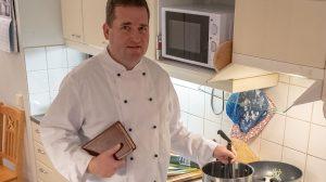 b. molnár márk finnország karácsony szakácslelkész tanár tari zoltán teológus