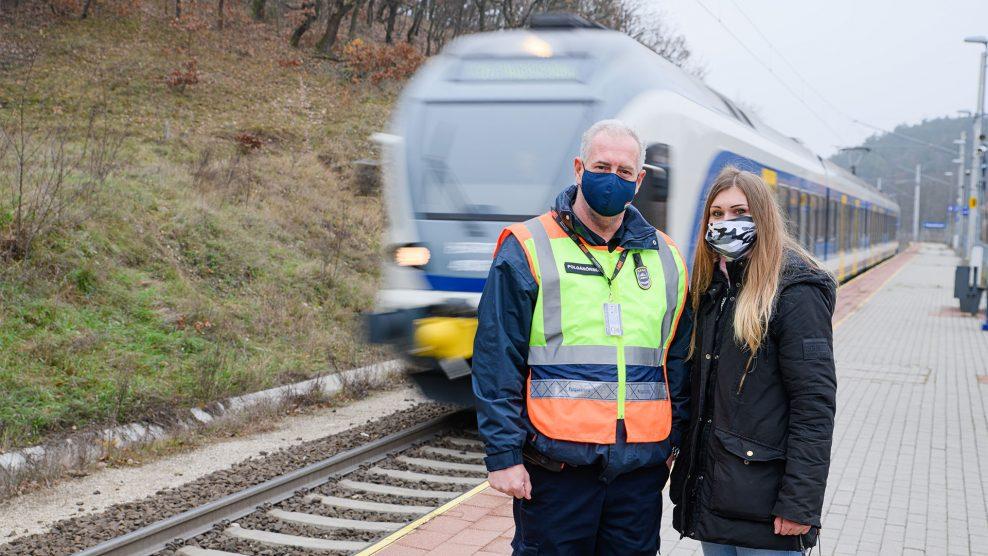 árok debreczeni csilla fagypont kihűlés határa közösségi oldal kucsorka bettina mentő polgárőr risa attila siket simon gyula sínek vonat piliscsaba