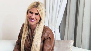 celeb farm vip feleségek luxuskivitelben gyermekruházati cég holczhaffer csaba influenszer modell nyerő páros síkfutás üzletasszony valóságshow vasvári vivien