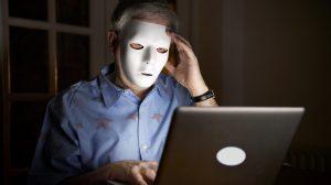 áldozatok bűncselekmény bűnüldözés dr. baracsi katalin igazságszolgáltatás internetjogász kiskamaszok kompromitáló képek online szexuális zaklatás szexuális bűnözők szurovecz kitti tabutéma zsarolás