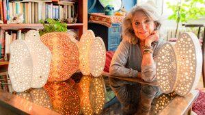 barnyák mónika bertók éva down-szindrómások ékszerek készítése fényszobrok gyerekkórház gyógypedagógiai iskola keramikus kézművesmesterség mexikó művész ősi indián módszer szobrász