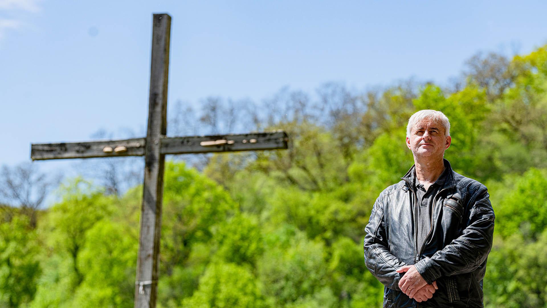 b. molnár márk biblia csodás gyógyulások evangélista fegyveres őr jézus magyari lászló ördög ördögűző sátán verőlegény