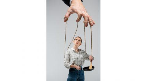 anyagi helyzet b. molnár márk dr. makai gábor gondoskodó kapcsolat gyereknevelés ítélőképesség konfliktushelyzetek kontrolláló kapcsolat programtervezés pszichoterapeuta szakpszichológus szeretet