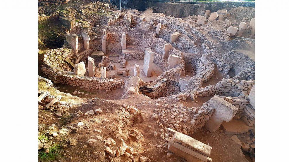 dr. klaus schmidt ezotéria göbekli tepe köldökhegy német régészeti intézet pocakhegy régészek ujházi csilla vallástörténész ványik dóra